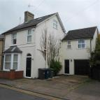 5 bed Detached home to rent in Victoria Square...