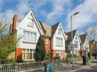 Flat for sale in Berrylands Road...