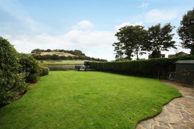 33 Larkfield Road -