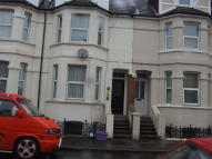 2 bed Flat to rent in Broadmead Road...