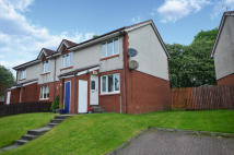 Flat for sale in 66 Foresthall Crescent...