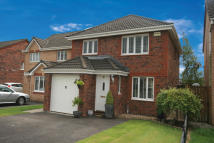Detached Villa in 24 Leglen Wood Drive...