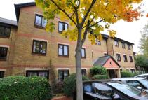 2 bed Flat for sale in Riverside Close, Clapton