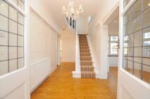 4 bedroom semi detached home in Broadwalk, London