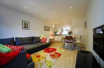 Town House to rent in SHORT LET - Winchester -...