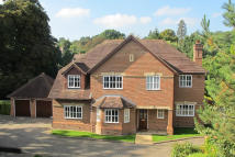5 bed Detached home for sale in Knightsbridge Road...