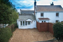1 bed Bungalow in Windmill Road...