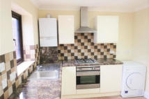 Flat to rent in Whittle Road, Hounslow...