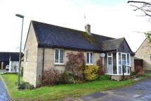 Semi-Detached Bungalow in East End, Chadlington...
