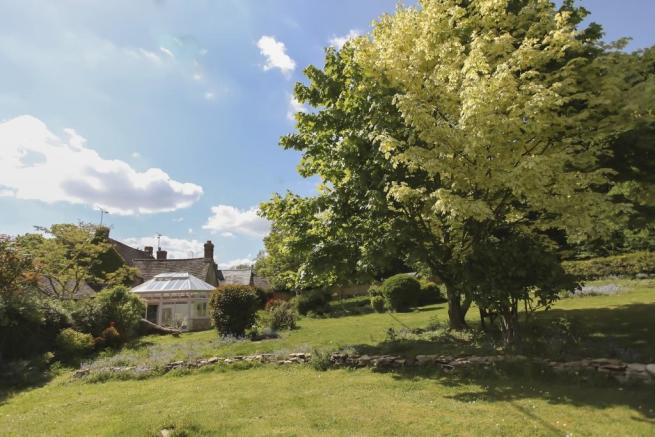 Property For Sale In Ramsden Oxfordshire