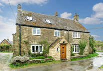Detached house to rent in West End, Combe, OX29 8NP