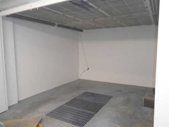 24 V Paint Area.jpg