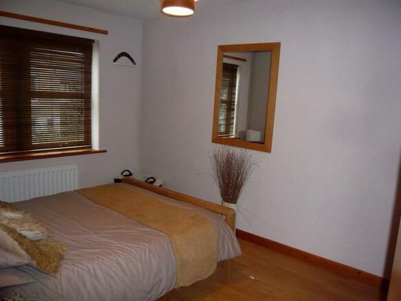 Raedwald Court.14 - bedroom1.jpg