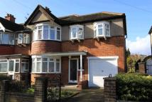 4 bedroom home in Malvern Avenue, Harrow