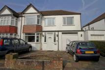 5 bed semi detached home in Dean Court...