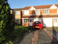 3 bed semi detached house to rent in Gardners Place...