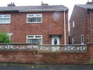2 bedroom semi detached house to rent in Oak Road, Easington...