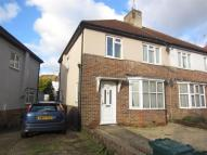 Flat for sale in Carden Avenue