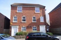 semi detached house to rent in Walsh Road Bramley