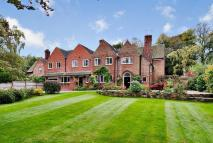 6 bedroom Detached house for sale in Wulstan Drive, NEWCASTLE...