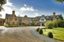 2 bed Flat for sale in Neb Lane, OXTED, Surrey