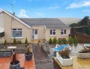 2 bedroom Semi-Detached Bungalow in Llwydarth Road, MAESTEG...