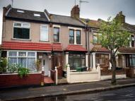 3 bedroom Terraced house for sale in Kingsley Road, LONDON