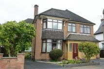 4 bed Detached house in Springfield Road...