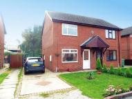 2 bed semi detached house in Berwick Court, IMMINGHAM...