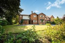 6 bed Detached property in 28, Wynnstay Lane...