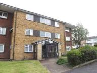 3 bed Flat for sale in Longcroft Road...