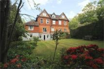 Flat for sale in Snatts Hill, Oxted...