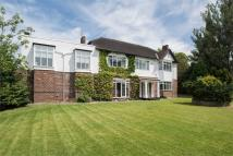 4 bed Detached property in Victoria Road, Huyton...