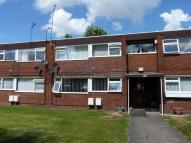 Apartment in Garrick Close...