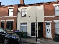 2 bedroom Terraced house in Poplar Road, Earlsdon...