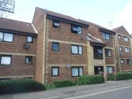ROOTS HALL DRIVE Ground Flat to rent