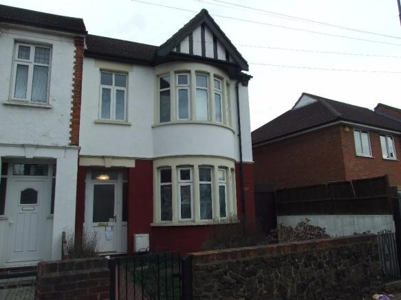 3 Bedroom End Of Terrace House To Rent In Bournemouth Park