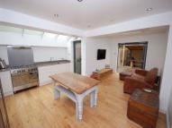 2 bed Flat to rent in Crownhill Road...