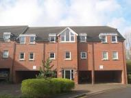 2 bed Ground Flat in Station Way, Claygate...