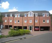 2 bed Apartment in STATION WAY, Claygate...