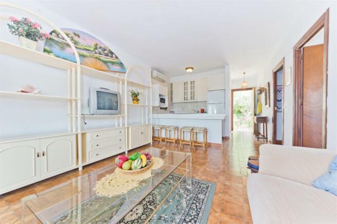 Lounge+kitchen