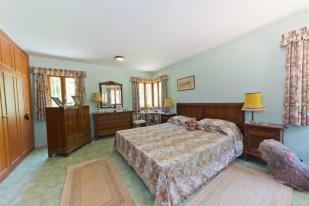 2ns bedroom