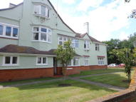 Flat in Old Road, Frinton-On-Sea...