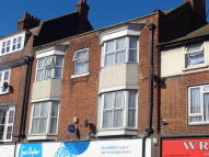 3 bed Flat to rent in Connaught Avenue...
