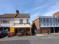 3 bed Flat in Old Road, Frinton-On-Sea...