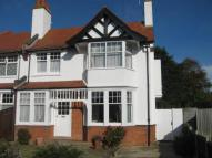 4 bed semi detached property to rent in Hadleigh Road...