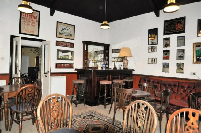 main House Bar