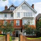 Apartment to rent in Lyndhurst Road