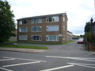 Flat to rent in Kneller Road, Whitton
