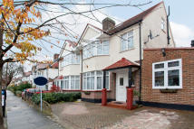 4 bedroom semi detached property in Radnor Road, Twickenham